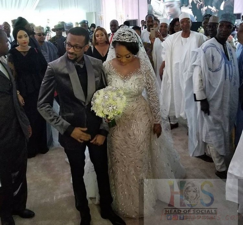 Fatima-ganduje-idris-abolaji-ajimobi-white-wedding-photos-2