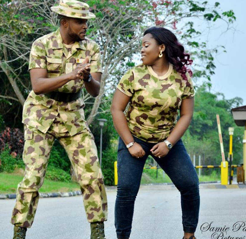 Couple-in-military-uniform-for-pre-wedding-photos-3