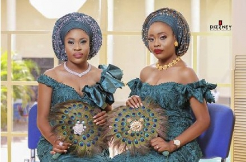 Twin-sisters-get-married-same-day