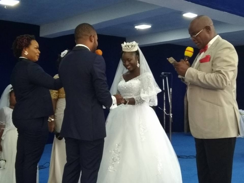 Lady serves as best man in church wedding-3