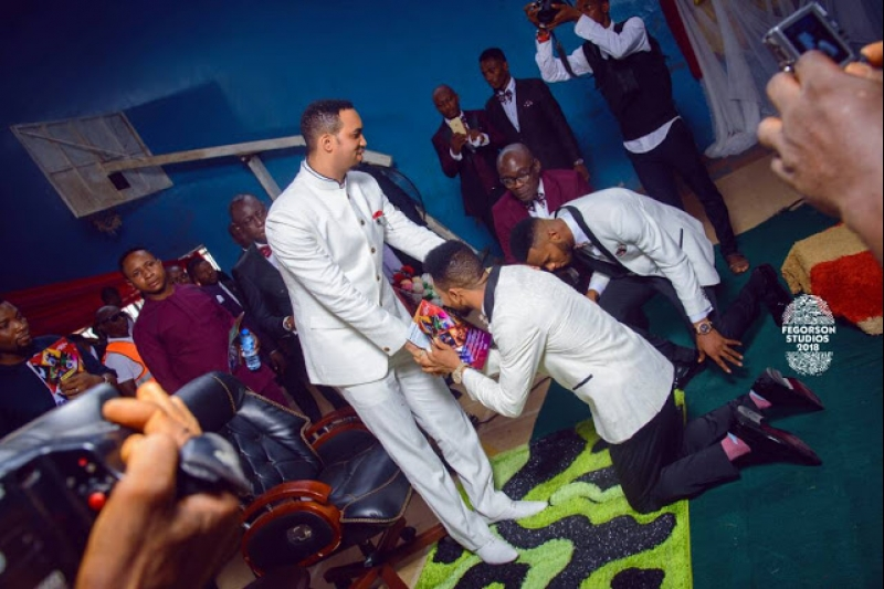 White wedding photos of ijeoma okafor and julius ekweozor-5