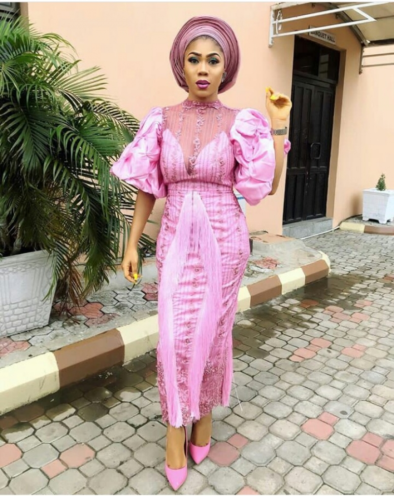 Weddings.ng volume 2 latest and trending aso ebi styles-3