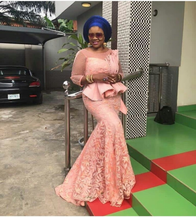 Weddings.ng volume 2 latest and trending aso ebi styles-5