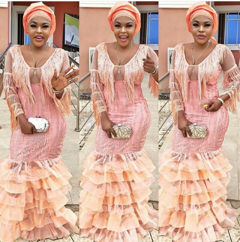 Weddings.ng volume 2 latest and trending aso ebi styles-6