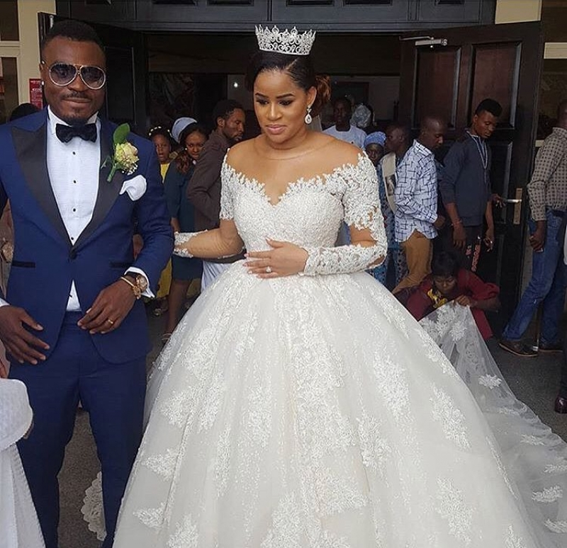 Emmanuel emenike and iheoma nnadi white wedding photos-5