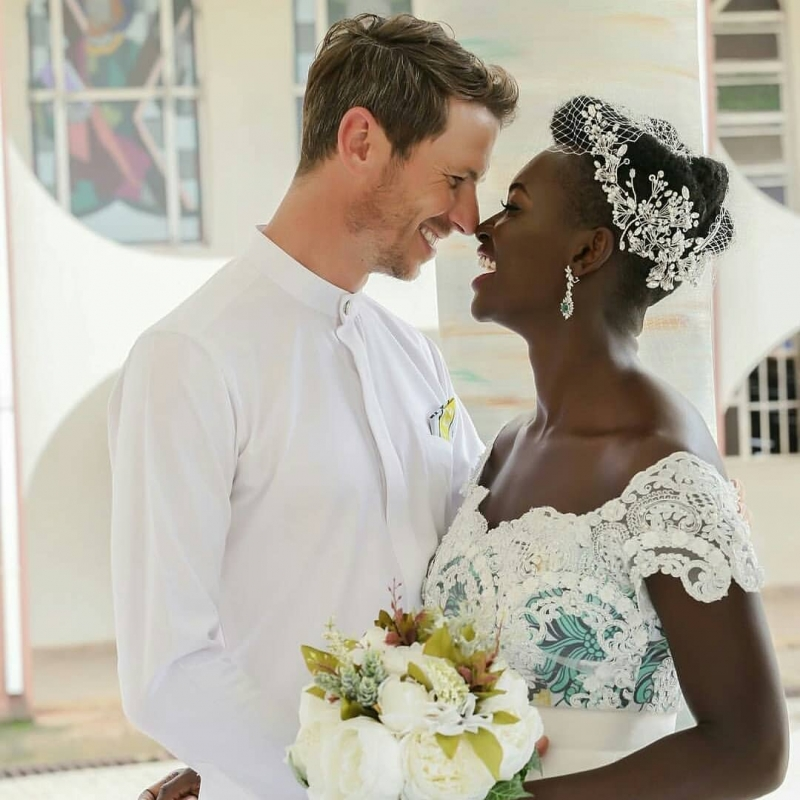 White wedding pictures of chidiogo akunyili and andrew parr