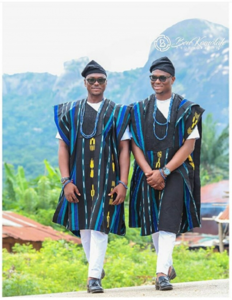Pre-wedding photos of twin brothers with their bestie brides-5