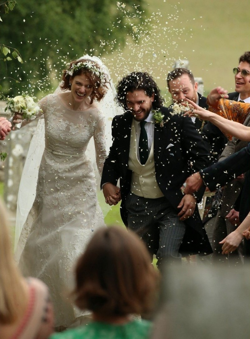 Game of thrones stars kit harington and rose leslie gets married