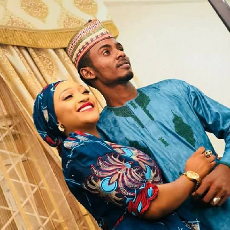 Ramadan booth and his fiancee shares pre-wedding pictures-6