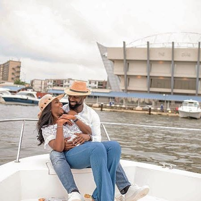 Igbo man proposes to his yoruba girlfriend on a boat cruise-5