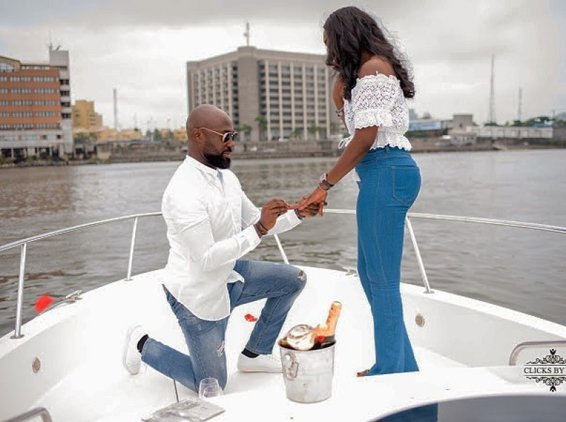 Igbo man proposes to his yoruba girlfriend on a boat cruise
