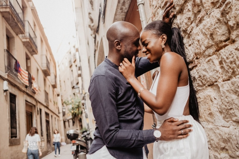 Tomi and lekan pre-wedding photoshoot in barcelona spain-8