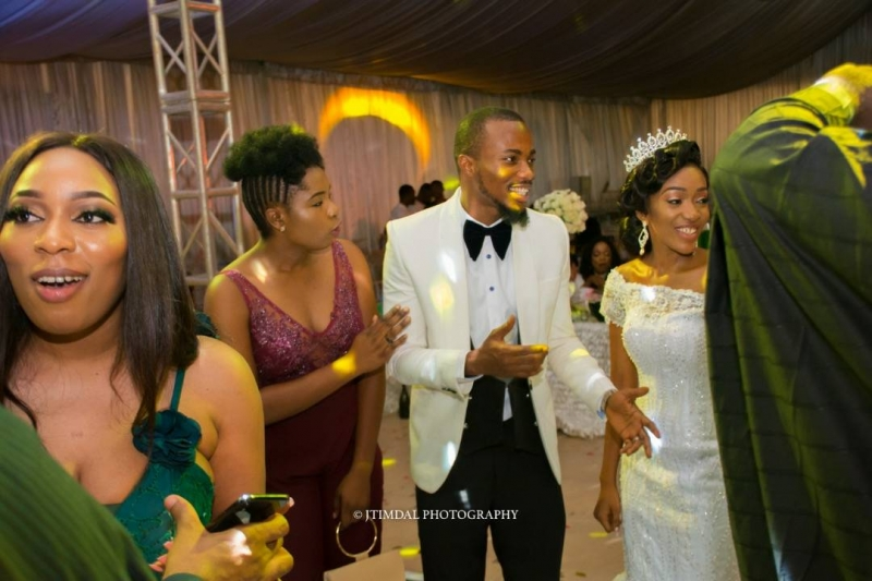 Glamorous white wedding of rejoice ezenwa and ihuoma-6