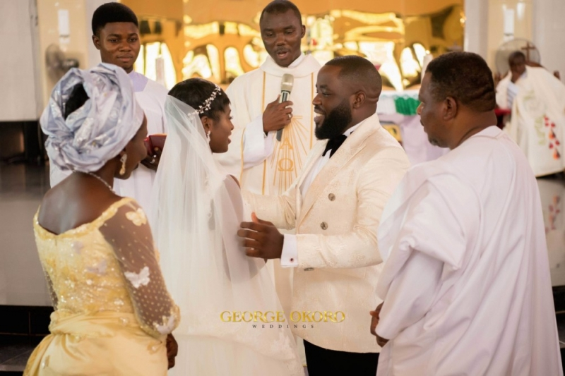 Photos from the white wedding ceremony of peluola and etomi-6
