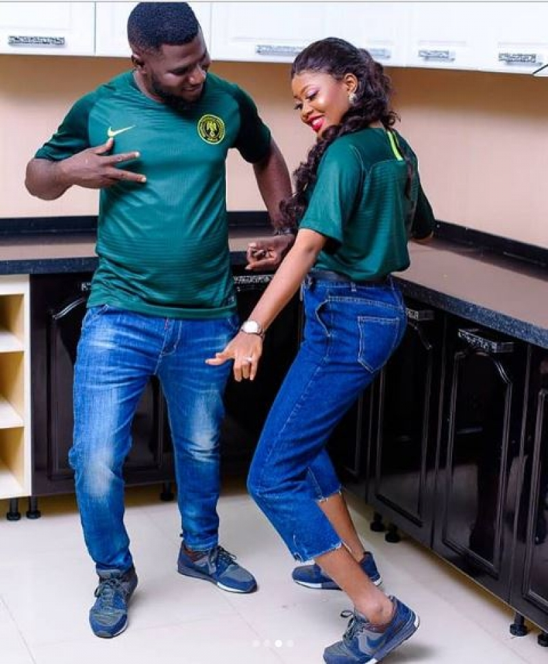 Joyful partner in shaku shaku themed pre-wedding photos