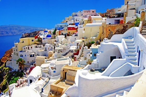 Why Santorini Greece Is A Perfect Location For A Destination Wedding